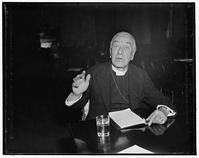 Ministry against Supreme Court Bill. Washington, D.C., April 16. The Right Rev. James E. [...], Episcopal Bishop of Washington, appearing before the Senate Judiciary Committee. The bishop argued that the attacks on the Supreme Court had weakened the respect of the people, particularly of youth, for established order and for the Judiciary, 4/16/1937