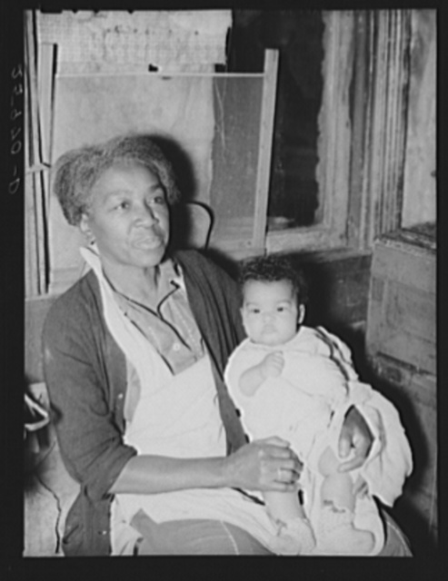 Negro woman and baby. Washington, D.C.