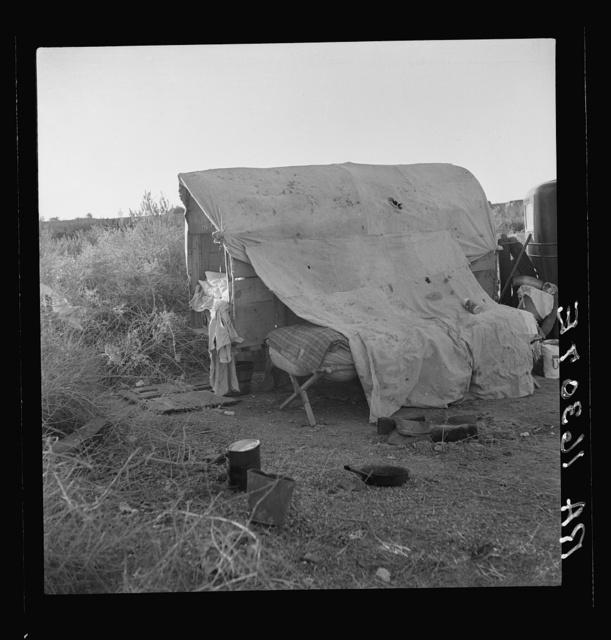 Oklahomans encamped on a river bottom near Holtville, California