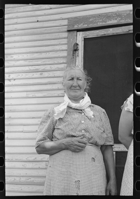 Old woman resident of Winton, Minnesota