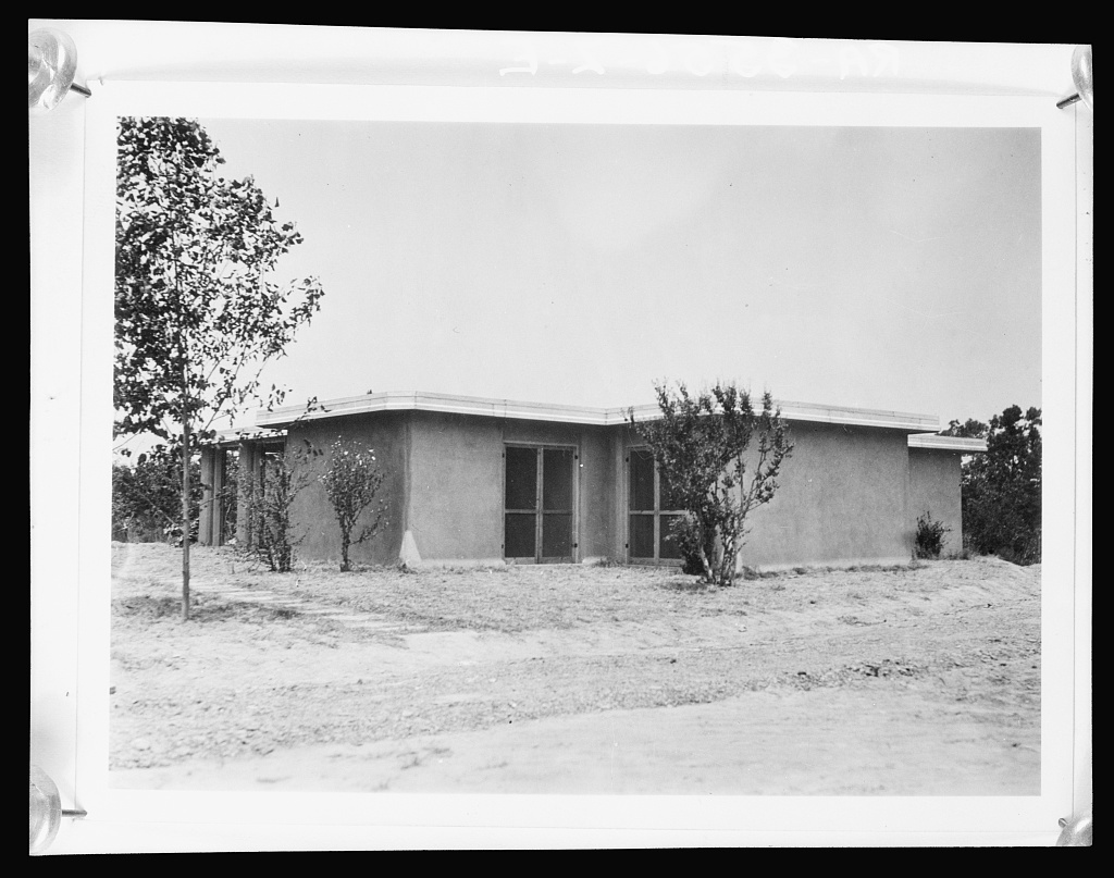 Rammed earth house. Gardendale Tract, Birmingham, Alabama