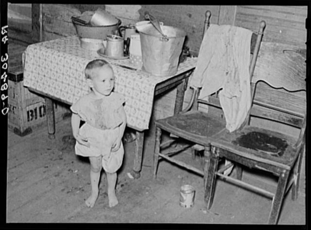 Small child of Frank Peaches. Farm near Williston, North Dakota