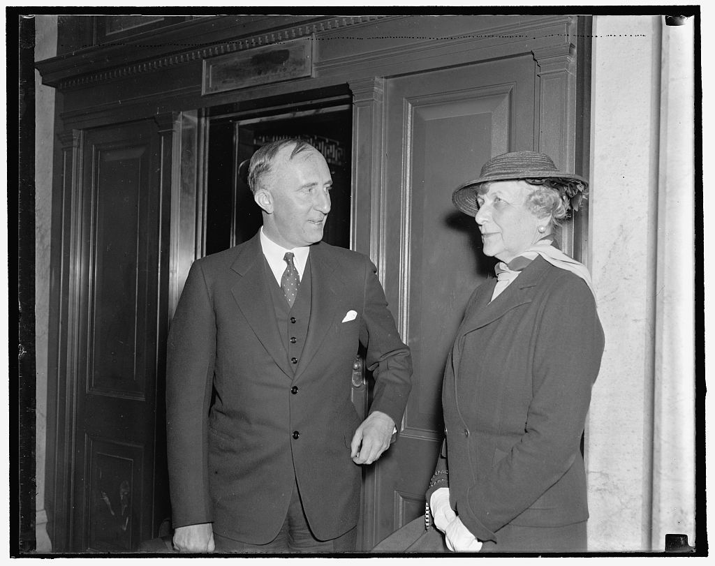 The Ministers to and from Norway. Washington, D.C., May 20. Mrs. Harriman the newly confirmed Minister to Norway was the guest of honor at a luncheon given by Senator and Mrs. Joe Robinson of Ark. at the Capitol today. Mrs. J. Borden Harriman (right) is shown chatting with the Minister from Norway Wilhelm De Morgansteirne (left), 5/20/1937