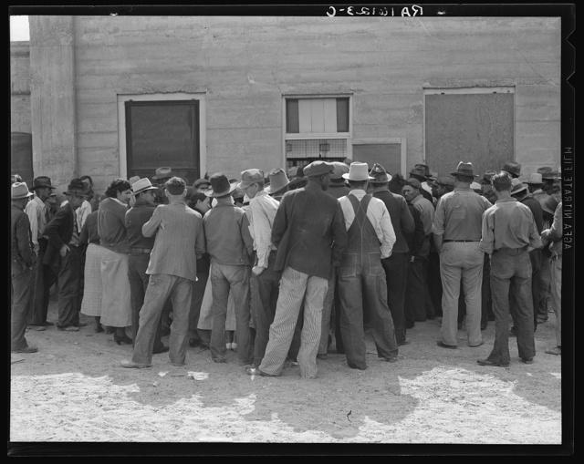 Waiting for relief checks. Calipatria, California