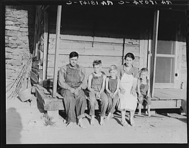 White sharecropper family, formerly mill workers in the Gastonia textile mills. When the mills closed down seven years ago, they came to this farm near Hartwell, Georgia