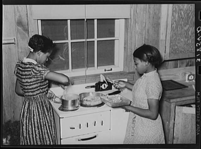 Cooking lesson in school. Lakeview Project, Arkansas