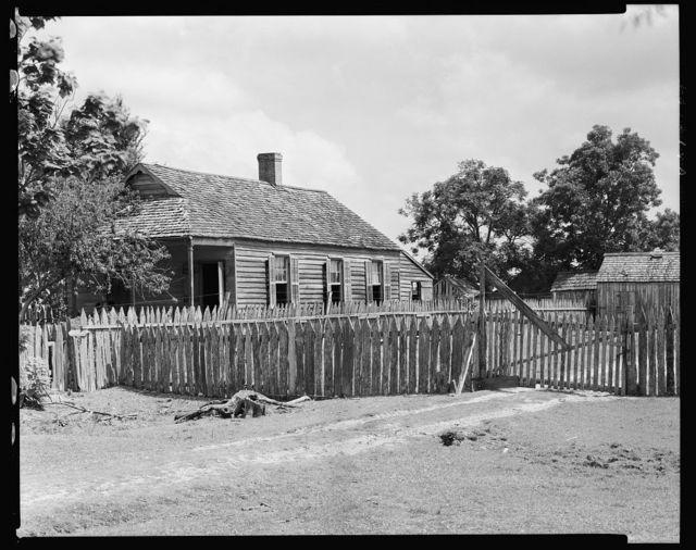 Cottage, Bayou La Fourche, Louisiana