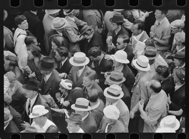 Crowds at races, Indianapolis, Indiana