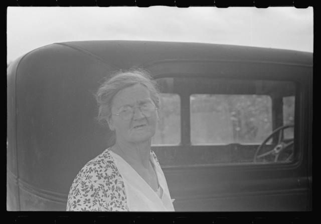 Farm woman at farm auction, New Carlisle, Ohio