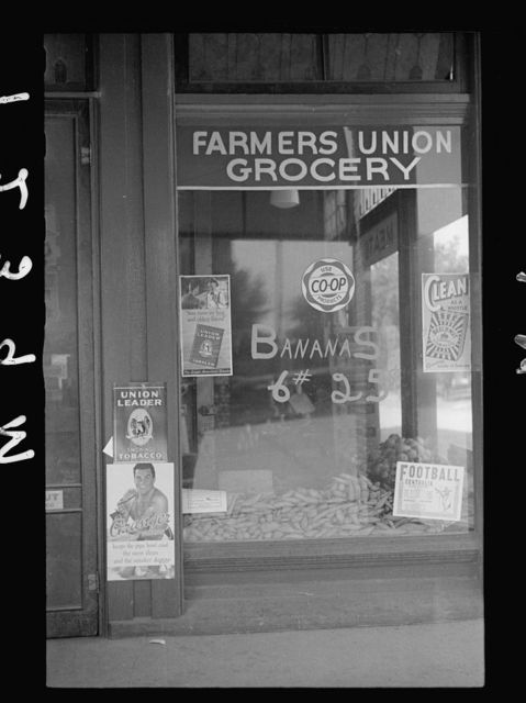Farmer's Union Coop grocery store, Centralia, Kansas. This cooperative has received a loan from the FSA (Farm Security Administration)