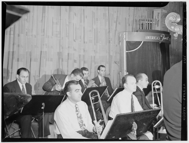 [Glenn Miller Orchestra(?), New York, N.Y.(?), between 1938 and 1948]