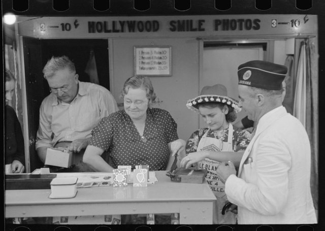 Itinerant photographer's stand, state fair, Donaldsonville, Louisiana