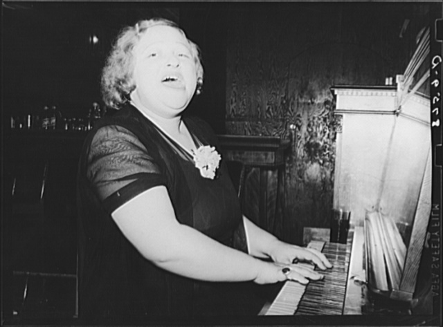 Mildred Irwin, entertainer in saloon at North Platte, Nebraska. She entertained for twenty years in Omaha before coming to North Platte