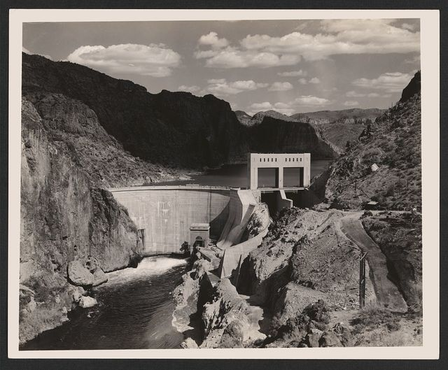 [Mormon Flat Dam with double-gated spillway on right side on the Salt River, Maricopa County, Arizona]