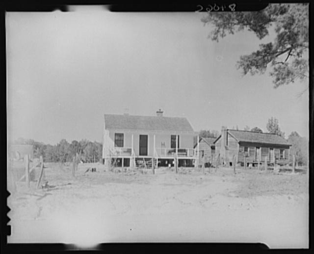 New and old farmhouse at Roanoke Farms, North Carolina