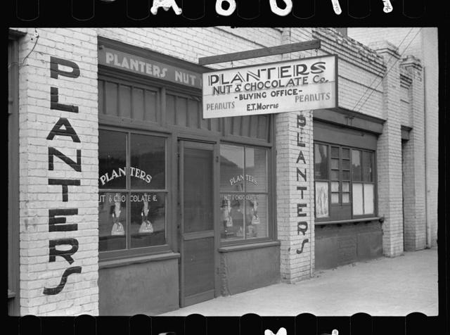 Peanut buying office in Enfield, North Carolina, largest open peanut market in U.S.