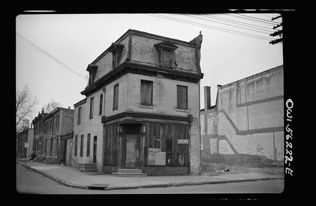 Philadelphia, Pennsylvania. Abandoned house in West Philadelphia