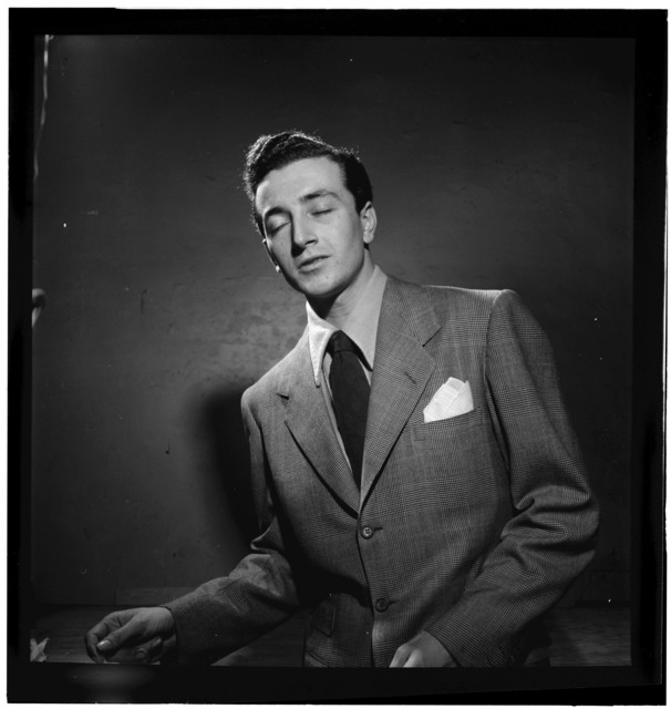 [Portrait of Vic Damone, New York, N.Y.(?), between 1938 and 1948]