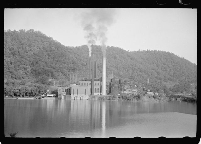 Power plant on Kanawha River, West Virginia