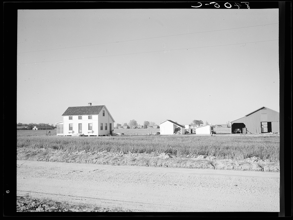 Roanoke Farms, North Carolina
