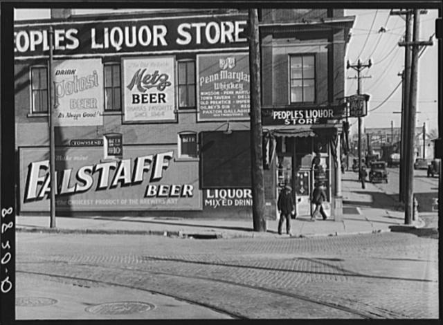 Saloon and liquor store near Cudahy packing plant. South Omaha, Nebraska
