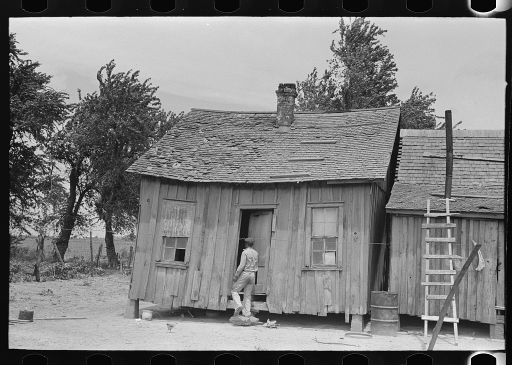 Sharecropper's cabin, Southeast Missouri Farms