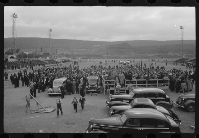 Shenandoah (?), Pennsylvania. Crowds at the stadium surrounding the speakers' platform on the occasion of a mine workers' district (?) meeting when John L. Lewis addressed the workers