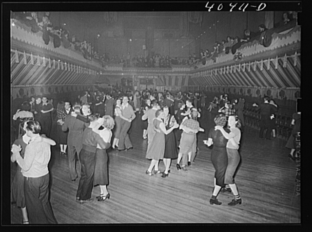 Shenandoah, Pennsylvania. Maher's dance hall, showing a great number of  dancers
