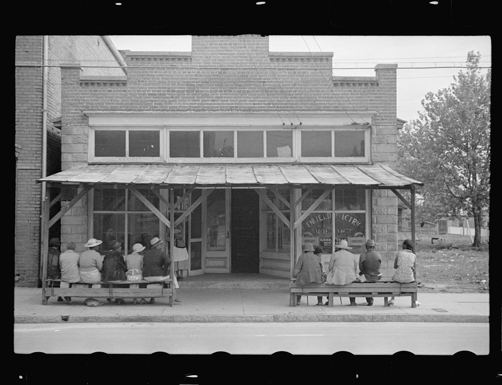 Store, Enfield, North Carolina