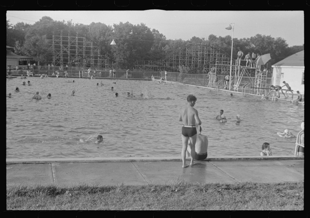 Swimming pool, Buckeye Lake Amusement Park, near Columbus, Ohio (see general caption)