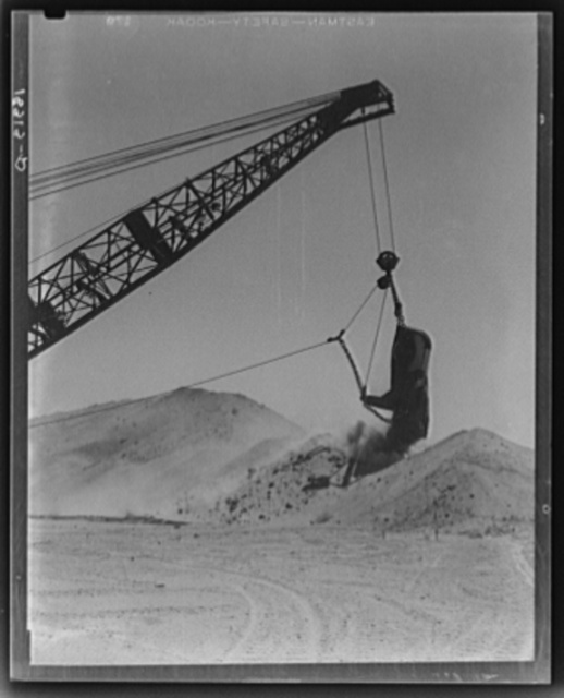 The All-American Canal under construction, Imperial County, California.  This big earth ditch will open new territory for cultivation by bringing water for irrigation to deserts of southern California adjacent to the Imperial Valley