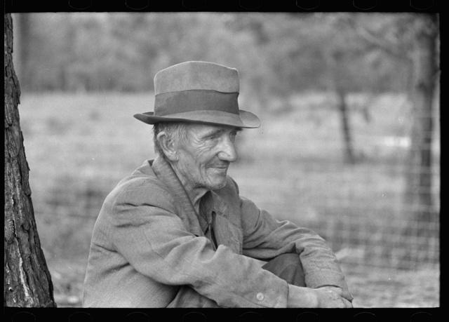 Transient laborer along roadside, Hancock County, Mississippi