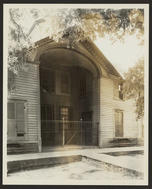 Unidentified building, Natchez vic., Adams County, Mississippi