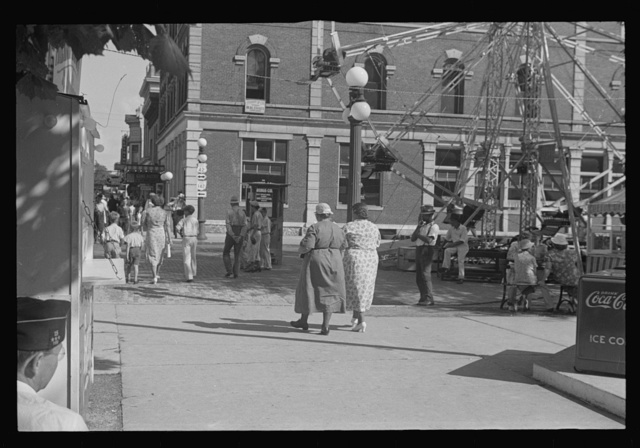 World War Veterans' homecoming and carnival, London, Ohio (see general caption)