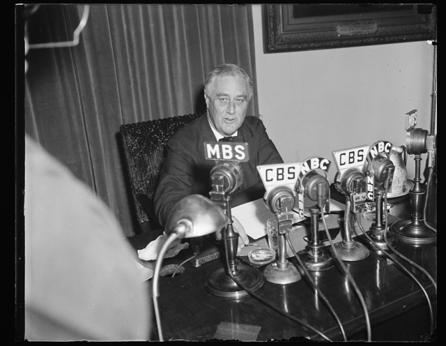 A SERIOUS PRESIDENT BROADCASTS TO THE NATION ON THE EUROPEAN WAR CRISIS, WASHINGTON, D.C. SEPTEMBER 3. PRESIDENT ROOSEVELT APPEARED TENSE AND SERIOUS TONIGHT AS HE BROADCAST A NATION-WIDE MESSAGE DESIGNED TO ALLAY AND RELIEVE THE SUSPENSE PRODUCED BY THE EUROPEAN WAR CRISIS