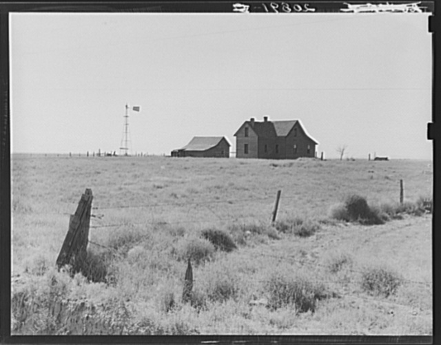 Abandoned farmhouse in the Columbia Basin. The land of this farm is still used for dry land grain farming, but is operated on a lease. The original homesteader has left. [Washington], Grant County, one mile east of Quincy. See general caption number 35
