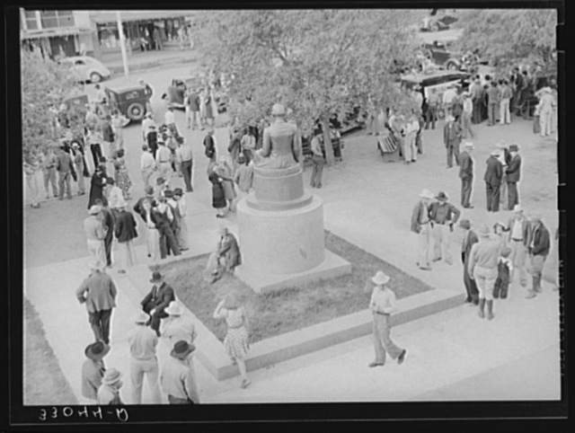 Activity in front of courthouse. San Augustine, Texas