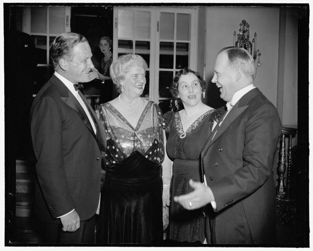 """At Republican women's dinner. Washington, D.C., March 27. The League of Republican Women of the District of Columbia held a """"Five dollar a plate"""" dinner tonight attended by prominent republicans of both sex. Here are John Hamilton, chairman of the Republican National Committee, Mrs. Edward Everett -Dolly- Gann, President of the League, Mrs. Robert Taft, wife of the Ohio Senator and Rep. Karl Mundt of South Dakota, one of the principal speakers. 3-27-39"""