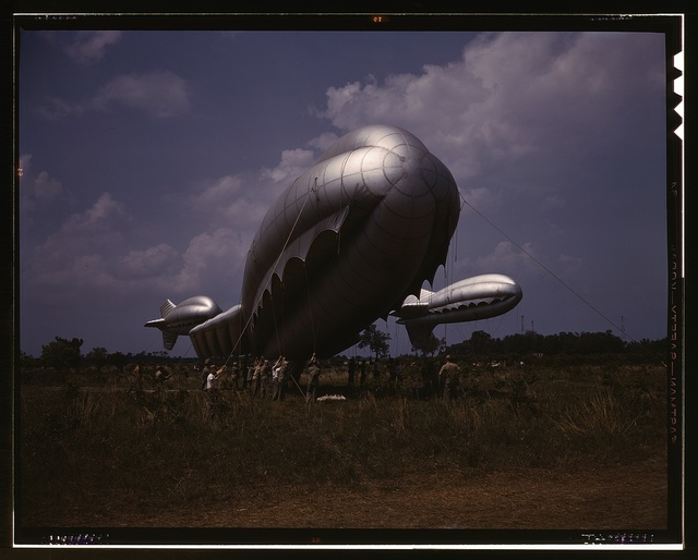 Barrage balloons, Parris Island, S.C.