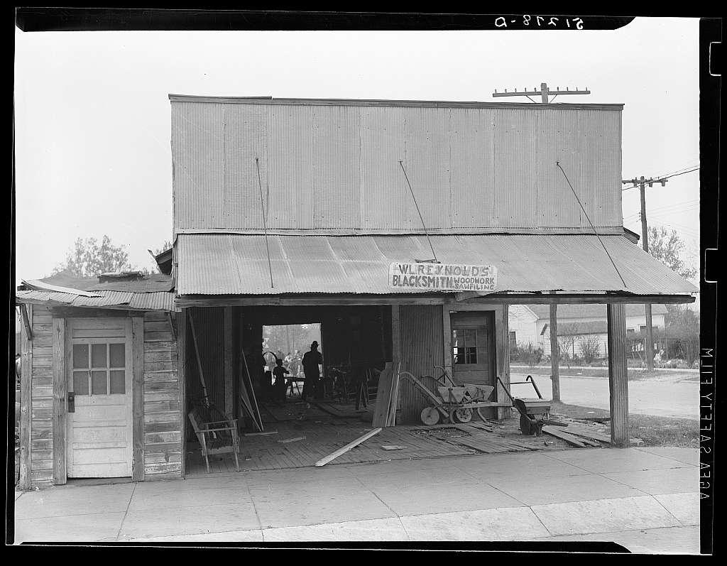 Blacksmith shop. Greene County, Georgia