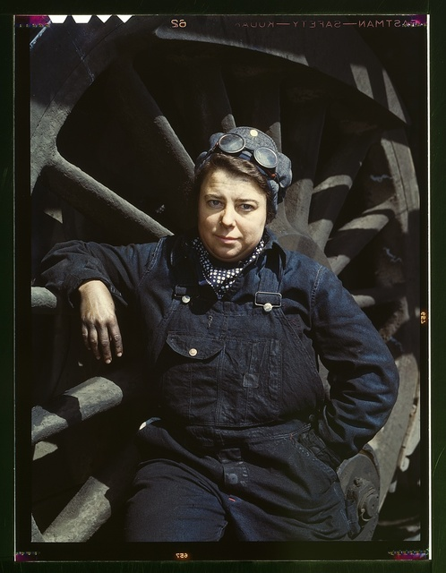 C. & N.W. R.R., Mrs. Dorothy Lucke, employed as a wiper at the roundhouse, Clinton, Iowa