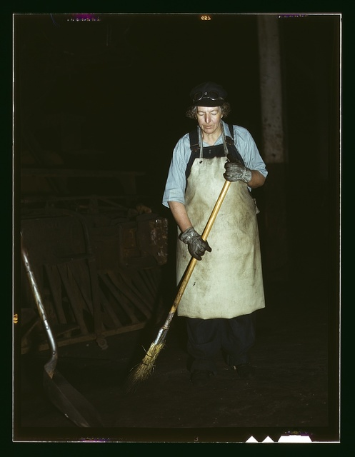 C. & N.W. R.R., Mrs. Elibia Siematter, working as a sweeper at the roundhouse, Clinton, Iowa