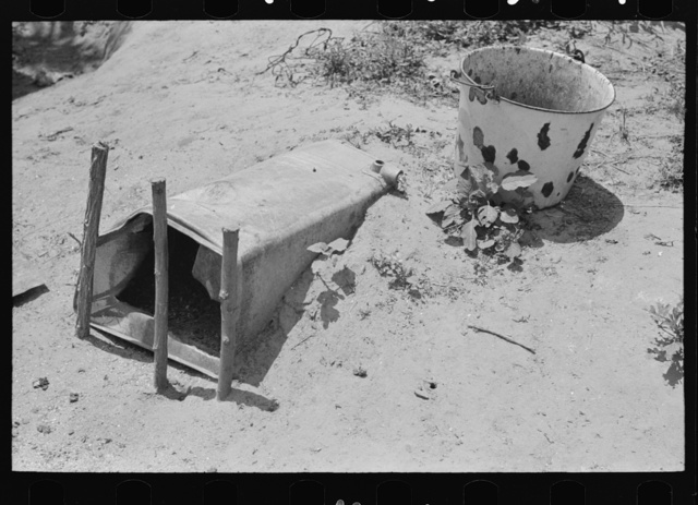 Chicken coop of agricultural day laborer near Webber Falls, Muskogee County, Oklahoma