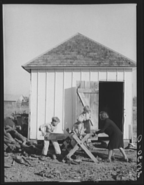Children at the Bois d'Arc Cooperative Farm. Osage Farms, Missouri