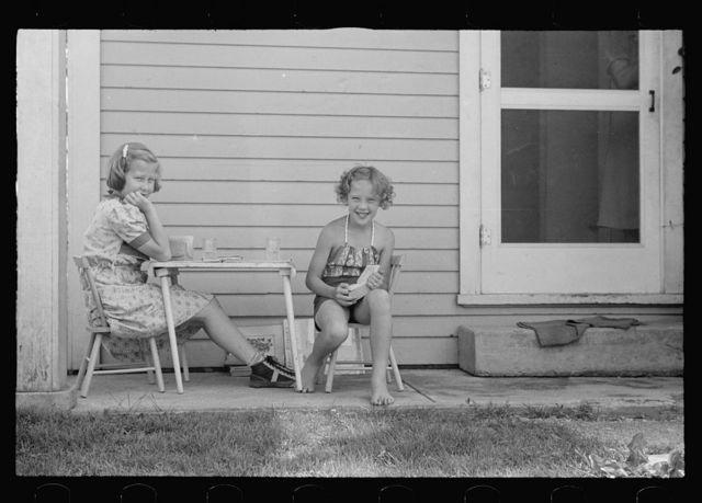 Children at Tygart Valley Homesteads, West Virginia