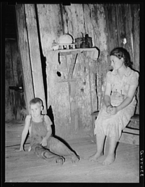 Children of agricultural day laborer at home near Webbers Falls. Muskogee County, Oklahoma