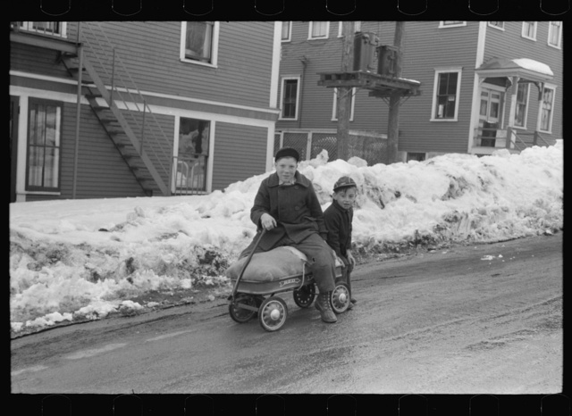 Children of paper mill workers bringing home groceries in Berlin, New Hampshire, largely inhabited by French Canadians and Scandinavians