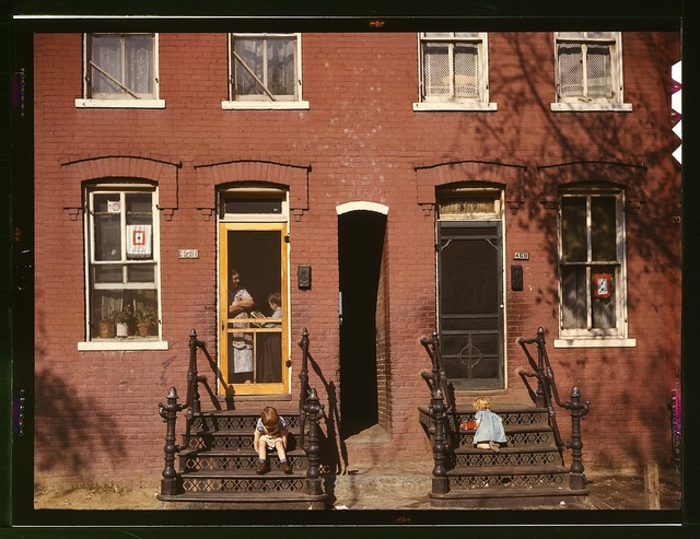 [Children on row house steps, Washington, D.C.]