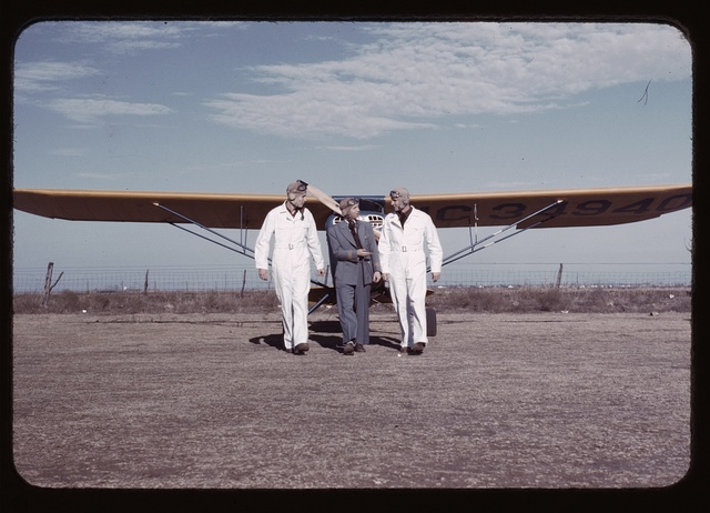 [Civilian pilot training school], returning from practice flight, Meacham Field, Fort Worth, Tex.