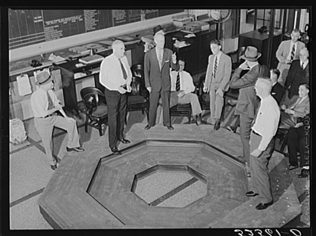 Cotton exchange members bidding in the pit. Memphis, Tennessee